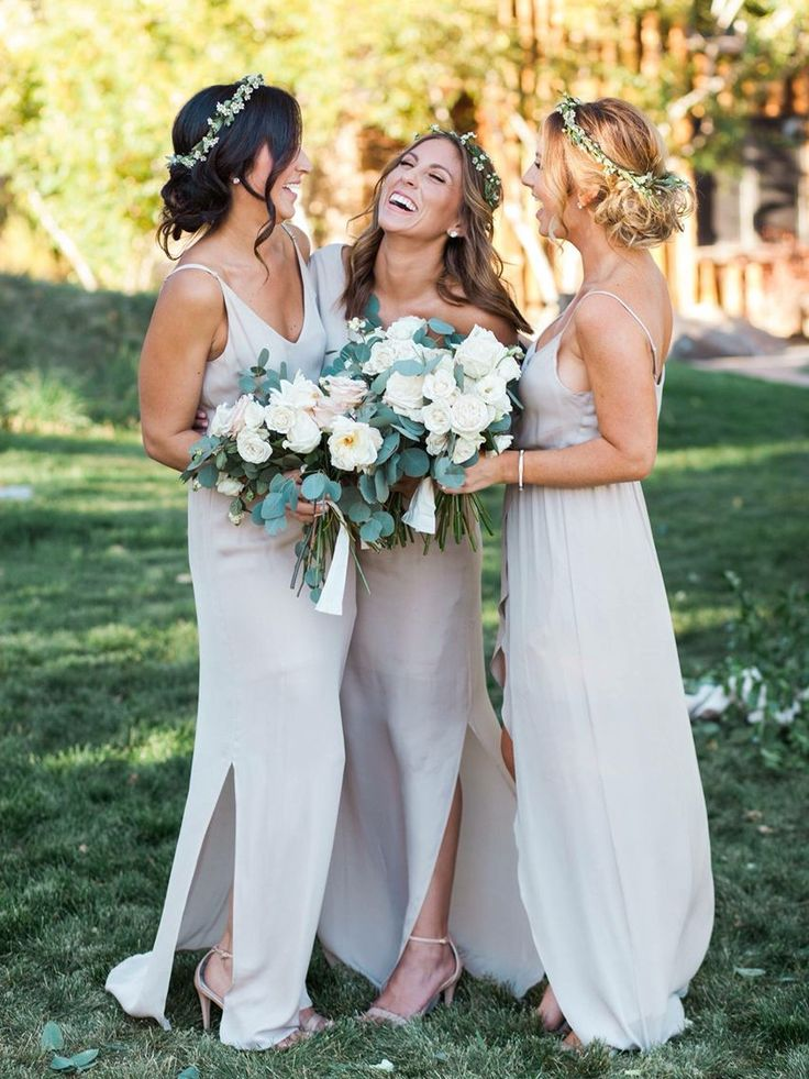 Bridesmaids neutral pallets. White, champagne, ivory green.