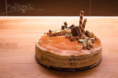 dort se slaným karamelem / salty caramel cake