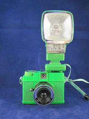 Lomography (Lomo) 35mm Camera Fern Green Diana Mini & Flash