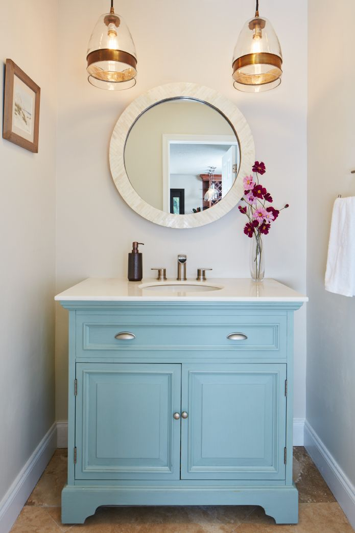 Fort Lauderdale Beach Townhome in 2020 | Bathroom decor ...