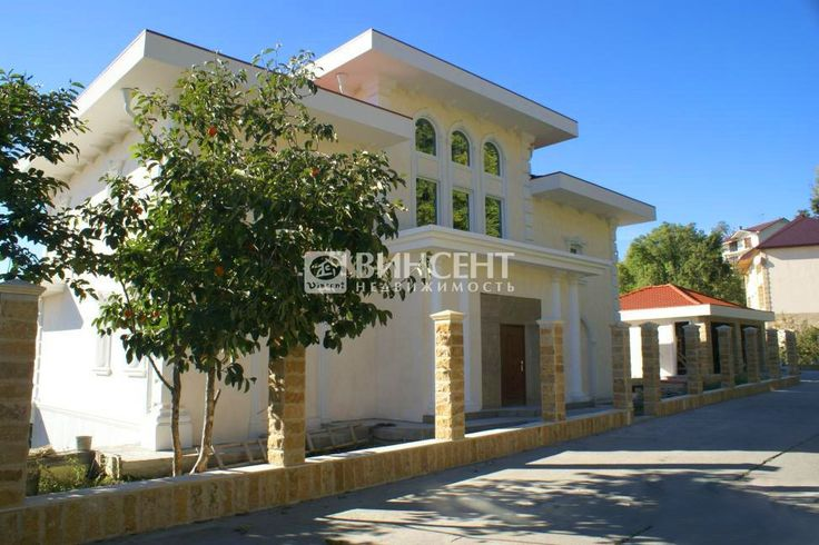 Представляем вашему вниманию стильный современный 3-х этажный дом на берегу моря: http://lnk.al/2FsL..  #недвижимость #сочи #винсент