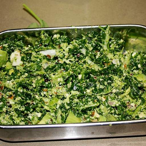 Kale, broccoli and almond salad