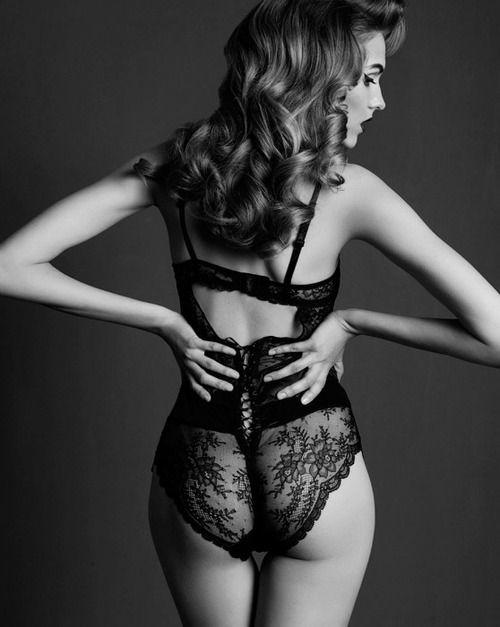 ebony-lacy-underwear-sex-courtney-thorne-smith-nakes