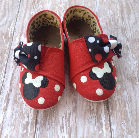 Red Minnie Mouse Tom style shoes by BeaucoupBoutique on Etsy