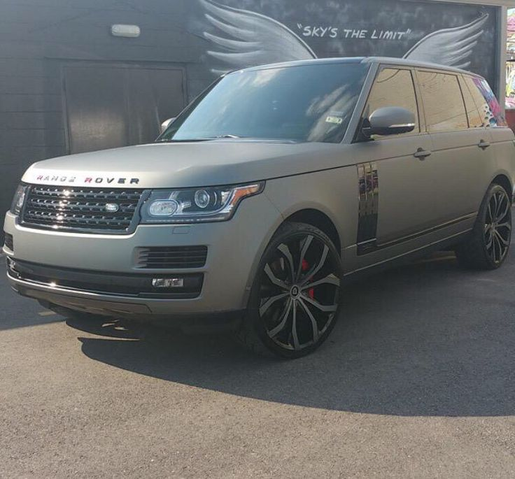 Beautiful Range Rover!