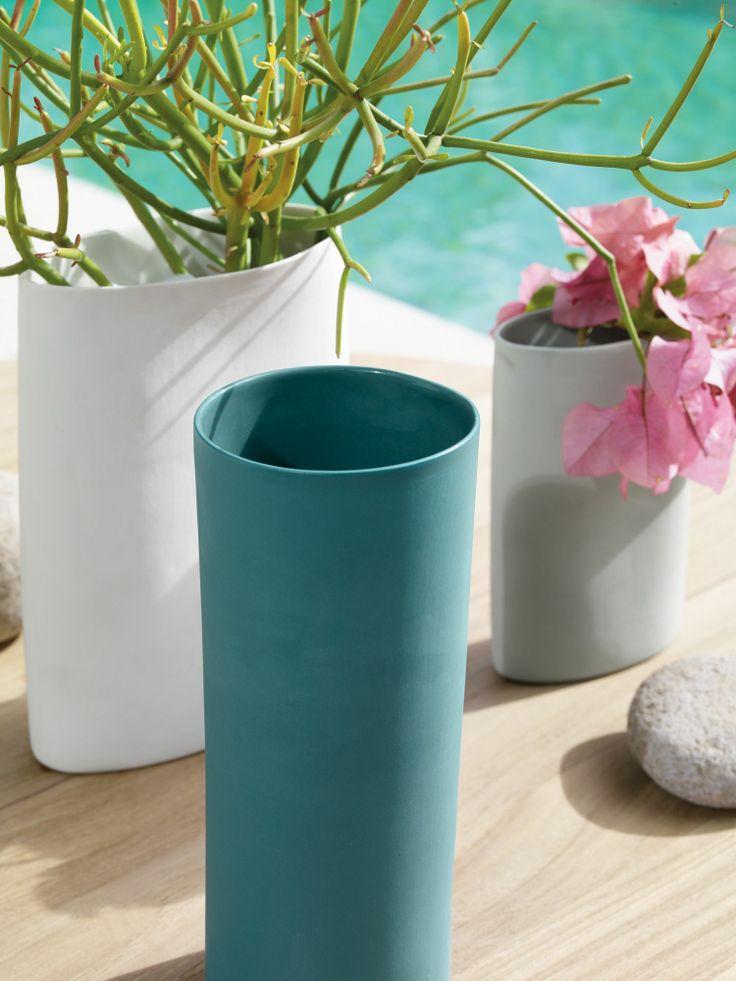 Mud Porcelain Vase | Designed by Shelley Simpson