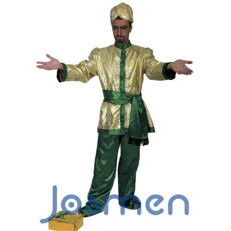 """Disfraz Rey Mago: El Evangelio de Mateo es la única fuente bíblica que menciona a unos magos (sin especificar los nombres, su número ni el título de reyes) quienes, tras seguir una supuesta estrella, buscan al """"rey de los judíos que ha nacido"""" en Jerusalén, guiándoles dicha estrella hasta Jesús nacido en Belén, y a quien presentan ofrendas de oro, incienso y mirra. http://www.disfracesjosmen.es/568-disfraz-rey-mago-baltasar.html"""