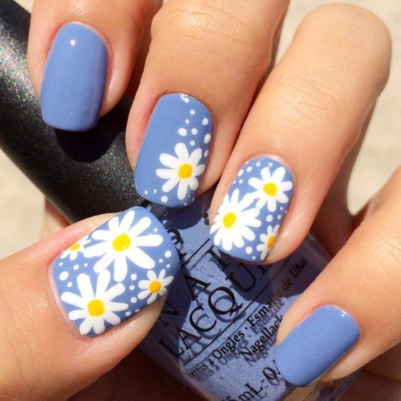 33 Atemberaubende Daisy Flower Nail Art Trend für den Sommer