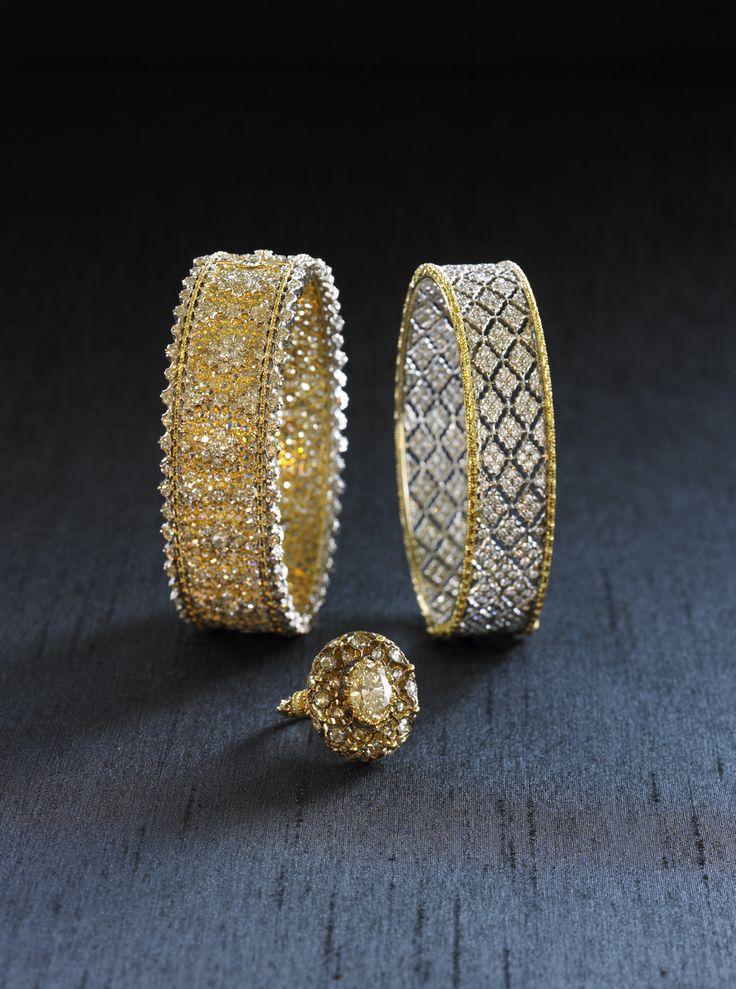 Buy Bucellati Ring Auction