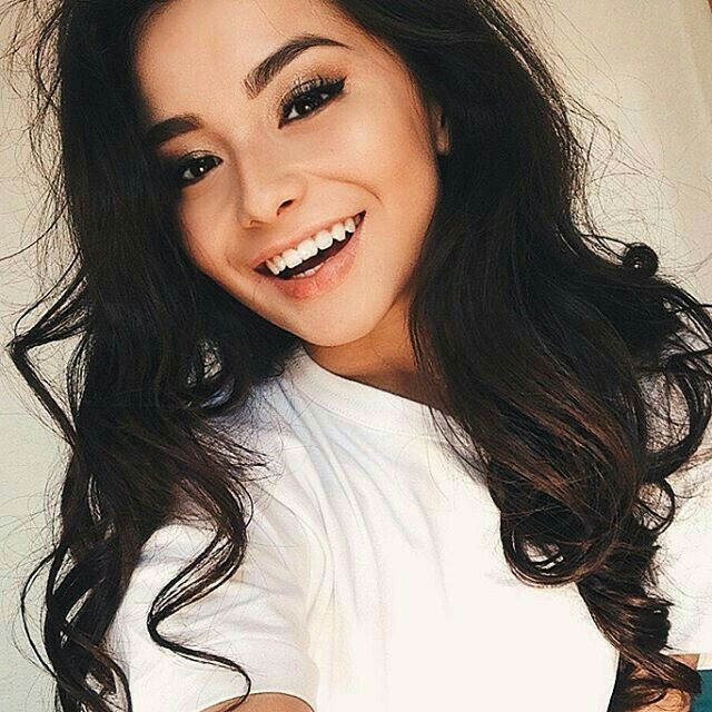 The beautiful world of natural girls are the most beautiful. 25  cute Girls selfies ideas on Pinterest   Selfie ideas  Selfie