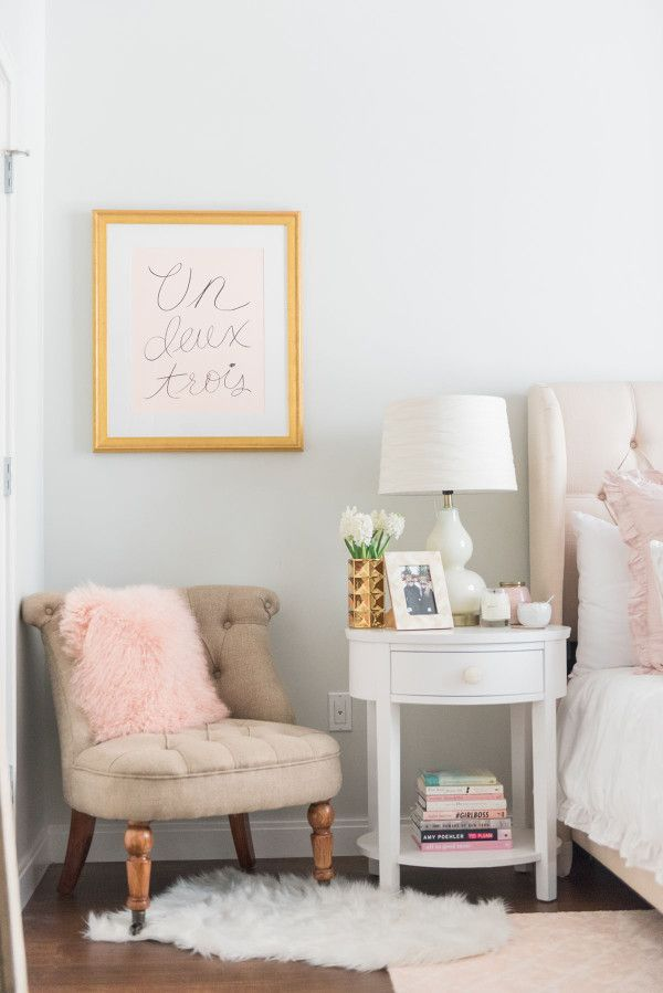 Bedroom Decor On Small Chairspink