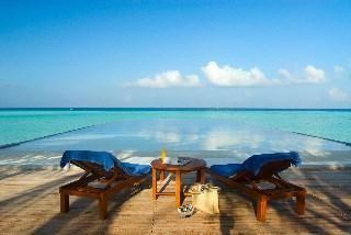Travel Bugg EN - Olhuveli Beach & Spa Resort