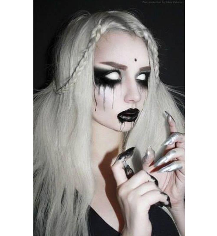 Maquillage d'Halloween : la démone aux yeux blancs                                                                                                                                                                                 Plus