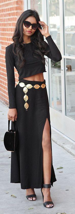Tuolomee | Golden Belt Street style and chic fashion | sexy brunette in black dress walking down street side walk | dress to impress | #thejewelryhut