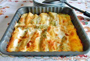 I cannelloni ripieni ai 4 formaggi oltre ad essere un primo gustoso è anche bello da vedere in quanto la pasta dei cannelloni si alterna da gialla a verde.