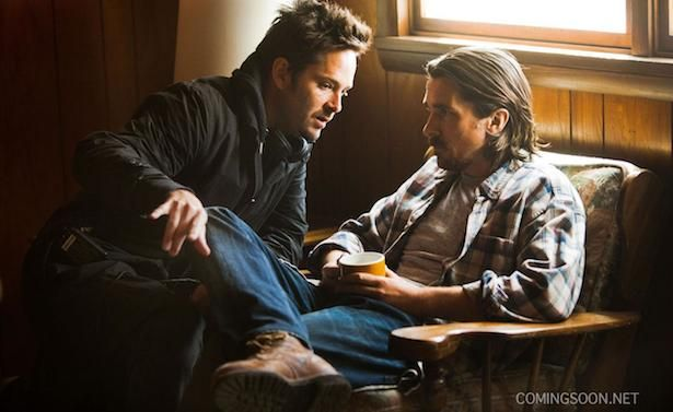 Christian Bale in Out Of The Furnace | out-of-the-furnace-scott-cooper-christian-bale-set-photo