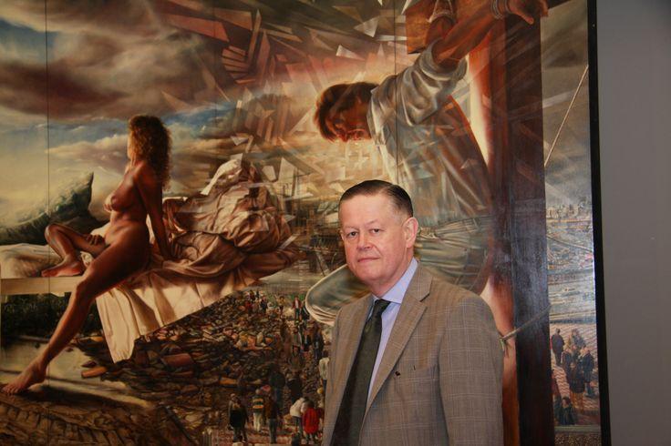 """Evert Thielen staand voor zijn prachtige veelluik """"Het verlangen"""".   Evert Thielen is volgens mij de beste (in leven zijnde) kunstschilder uit Nederland (Venlo), wonend in Brugge (België)."""