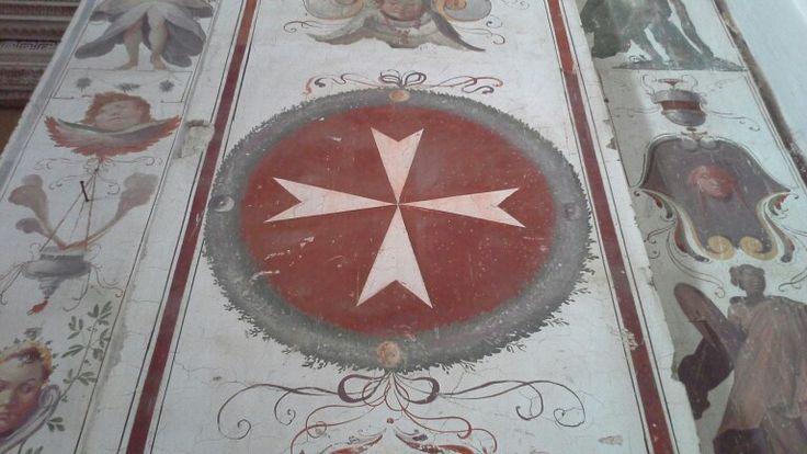 Chiesa della Madonna di Loreto,  particolare di una croce maltese