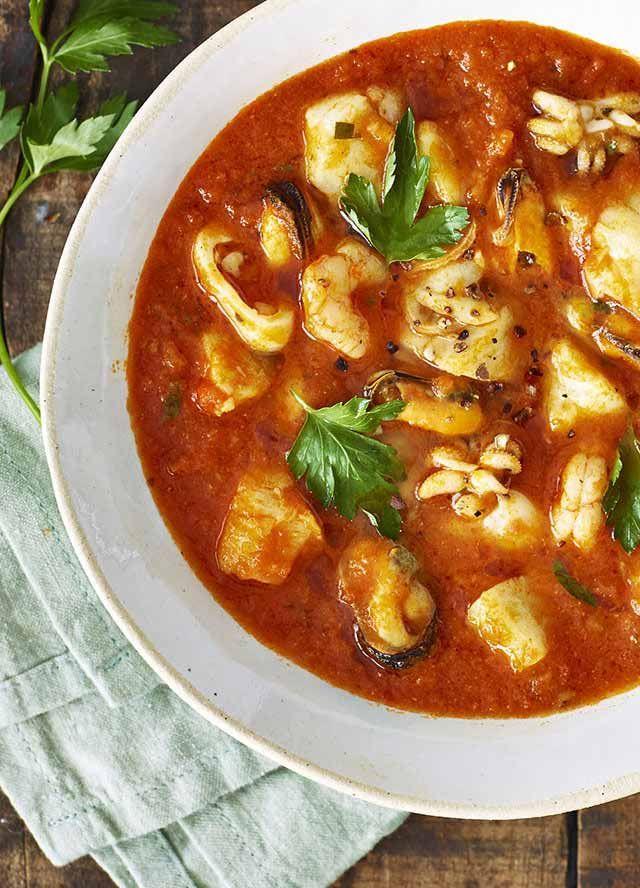 Découvrez notre recette de Calderade de cabillaud, facile à réaliser et délicieux.