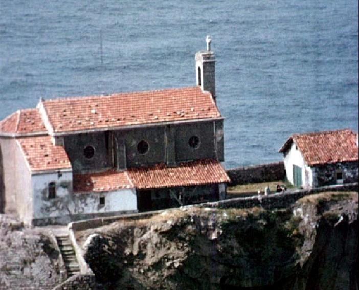 Gaztelugatxe: San Juanen ermitea 1959 urtean.