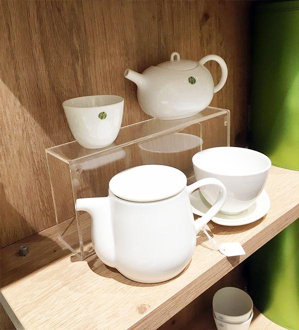 Vitrine boutique à #thé #tea #podium - Support produit en #plexi  - Boite en #plexiglass