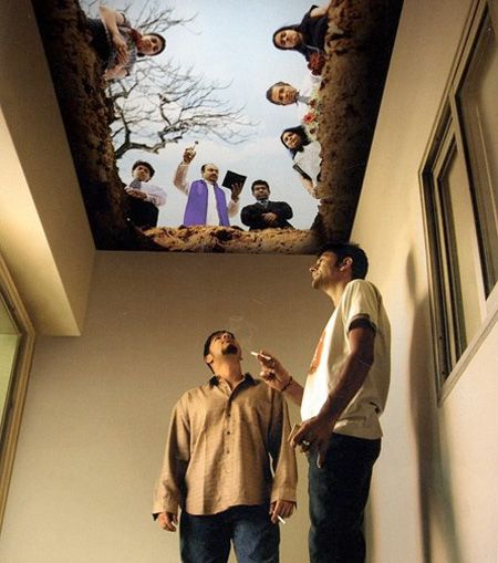 Anti-Smoking Ceiling.Cancer Patients AID Association! The idea of this anti-smoking campaign is to drive attention and shock. Murals are painted on ceilings in smoking rooms, giving you impression you are inside the grave, and when you look up, you see the burial from the dead man's point of view.