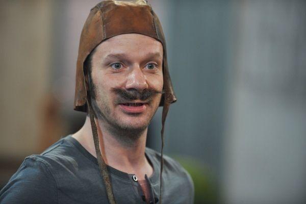 Grzegorz Małecki stworzył postać służącego Kaspra (fot. Jan Bogacz)