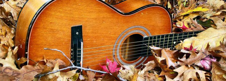 """Здравствуйте! Меня зовут Сергей Дворецкий. Я автор песен, музыкант, лидер московской группы """"Магелланово Облако"""". Музыка создает пространство, в котором обитают наши души. Я буду делиться с вами музыкой, наполненной удивительной силой и красотой, способной вдохновить вас и подарить радость."""
