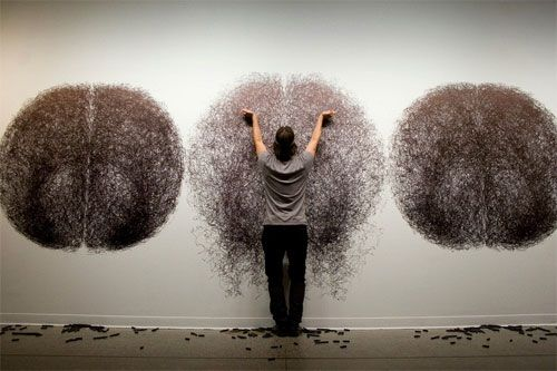 Mesmerizing performance drawings by artist and dancer Tony Orrico. He is a human spirograph, performing works for up to 4 hours continuously