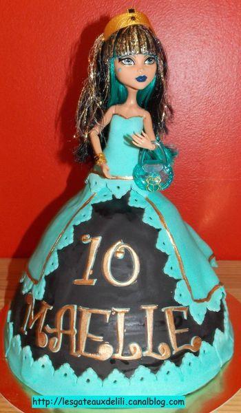 Avril 2013 - Cléo Monster High - Gâteau en pâte à sucre