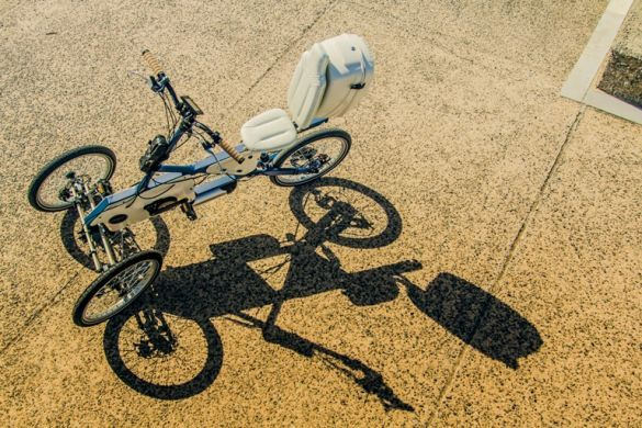 PLAY: Το πρώτο τρίτροχο ηλεκτρικό ποδήλατο κυκλοφορεί στους δρόμους της... - Καινοτομία - Νέα - KA-Business.gr - Καινοτομία και Ανάπτυξη στην Επιχειρηματικότητα