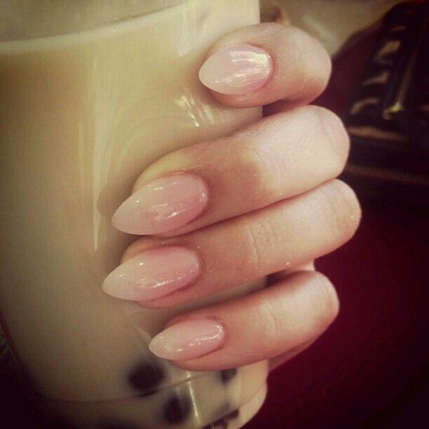 Natural ombré American nail in stiletto tips. Understated with an edge.