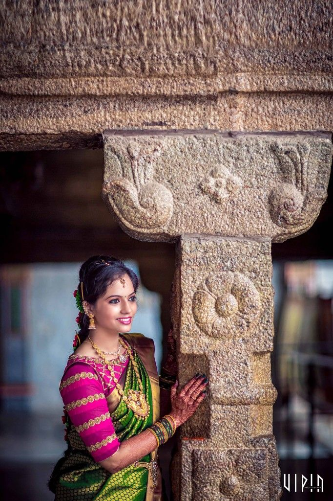 she wanted it to match the pink and gold lotus-theme of the wedding