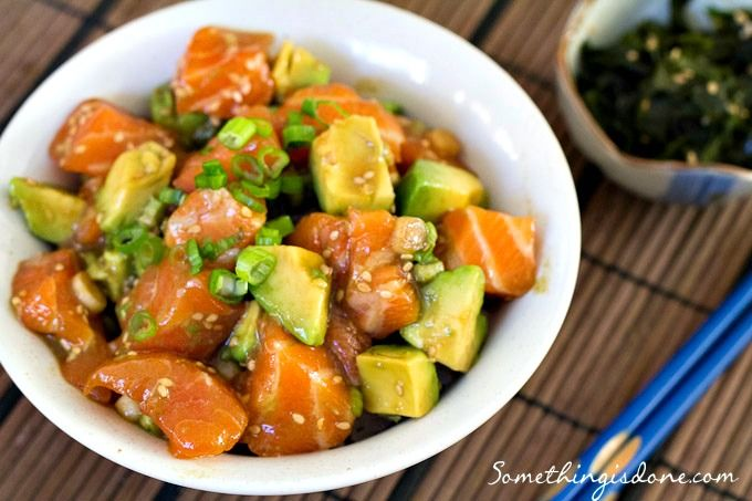 Yummy Poke Bowl recipe -- Hawaiian fish salad on a bed of rice. Sashimi lovers this is for you!