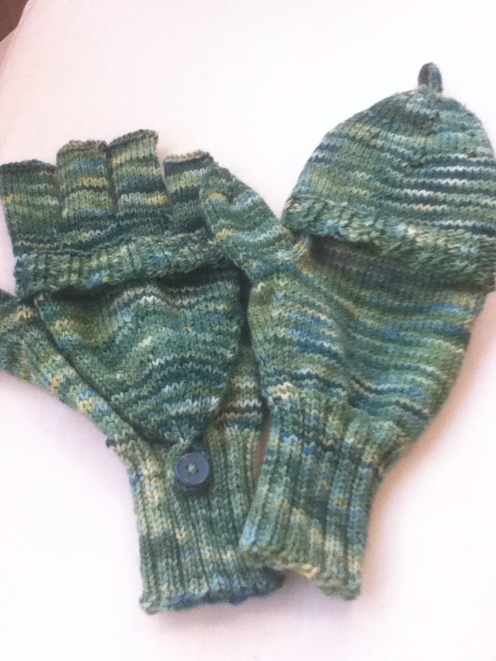 Broadstreet mittens I knit for a friend. Mittens that fold ...