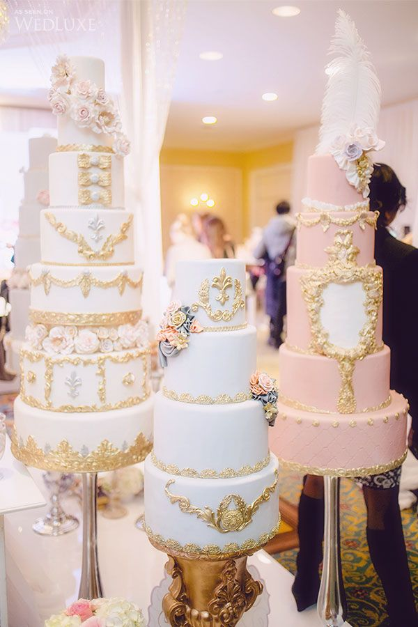 So pretty, I can't decide which one is my favorite! The golden details are so beautiful. Why take one cake when you can have three? <3