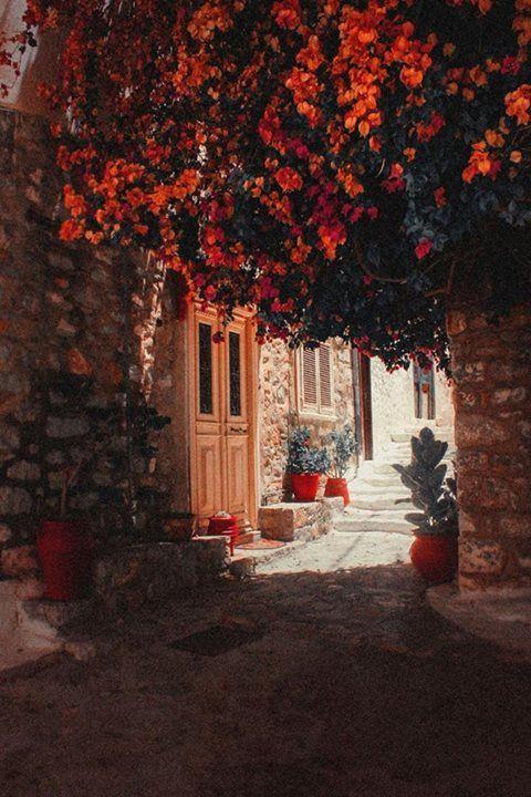 Στις σκιές του παραδείσου ~ 'Υδρα At the shades of paradise ~ Hydra island Greece Art & Architecture