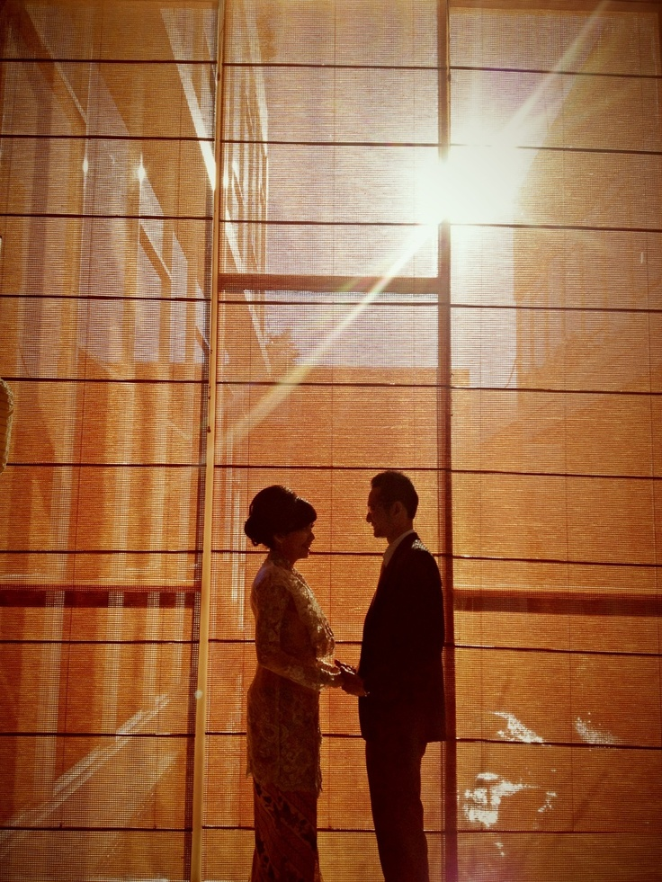 Nia+ugra prewedding  Location : Mercure hotel surabaya Photographer : andunksubarkah Hwp associates