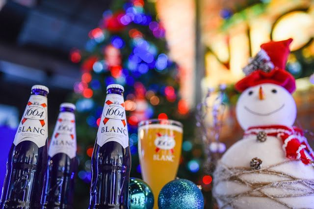 Food and Leisure: 'PAUSE FOR A BLUE CHRISTMAS' WITH KRONENBOURG 1664...