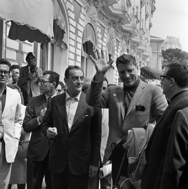 "Luchino Visconti e Burt Lancaster, a Cannes per ""Il gattopardo"", 1963 (AP Photo/Jean Jacques Levy)"