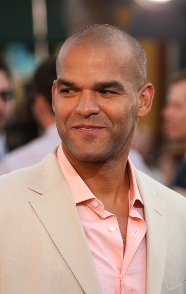"""Amaury Nolasco Photos Photos - Actor Amaury Nolasco arrives to Paramount Pictures' premiere of 'Transformers' held at Mann's Village Theater on June 27, 2007 in Westwood, California. - Paramount Pictures' Premiere Of """"Transformers"""" - Arrivals"""