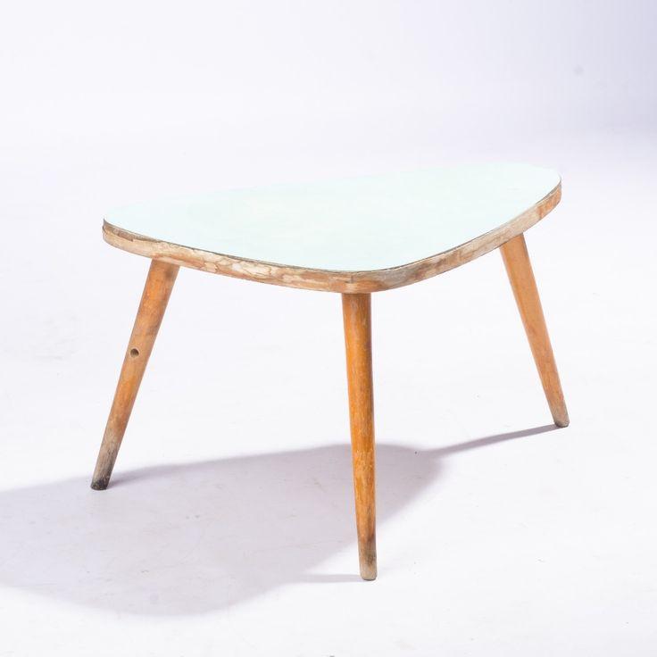 Květinvý stolek obrazek
