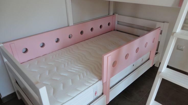 Κρεβάτι κουκέτα σουηδικό ξύλο λάκα. ΕΠΙΠΛΑ ΚΑΦΡΙΤΣΑΣ