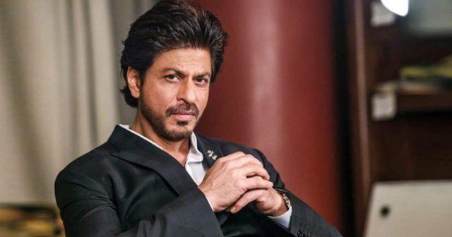شاروخان يروي تفاصيل دخوله السجن سابق ا بعد ضربه لأحد الصحفيين وهذا ما حدث Shahrukh Khan Bollywood Fictional Characters