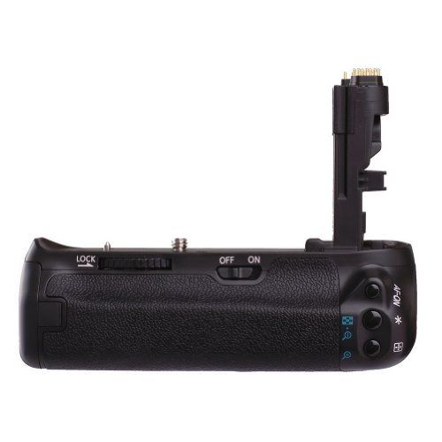 Promaster Canon 70D Battery Grip.