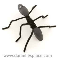 Spoon Ant with Pipecleaners