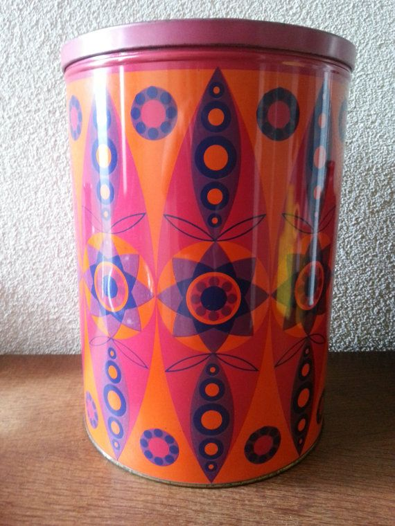Big vintage 60's  colorful canister  made by by CuteEyeCatchers, €14.99