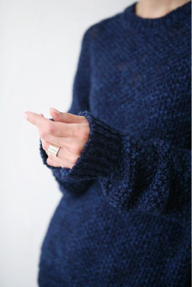 Warm Sweater: Navy Cozy Fashion, Blue Sweaters, Navy Sweaters Outfits, Over Sweaters, Gold Rings, Cozy Sweaters, Deep Blue, Knits Sweaters, Chunky Knits