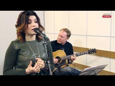 Suvi Teräsniska livenä Nova Stagella - YouTube