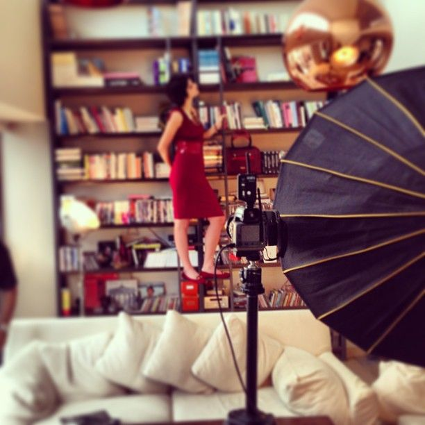 Behind the scenes!#doca #decoration #style #stylish #woman #passion #fashion #girly #backstage #shoes #accessories #backstage #bestoftheday #photoshoot #photographer #model
